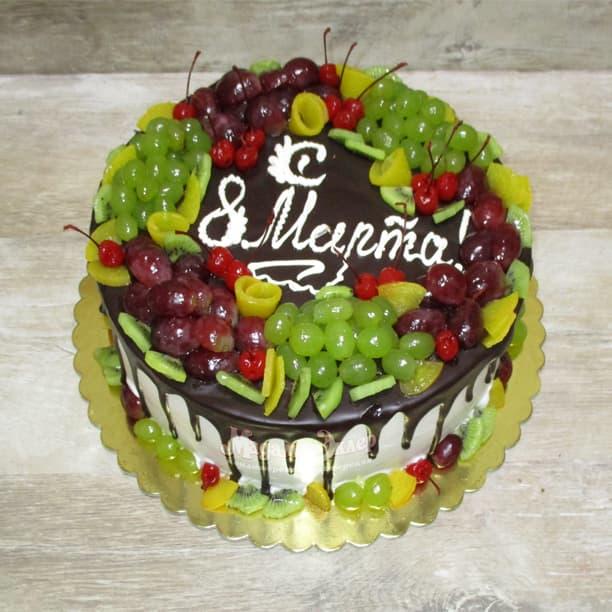 Как украсить торт на 8 марта?
