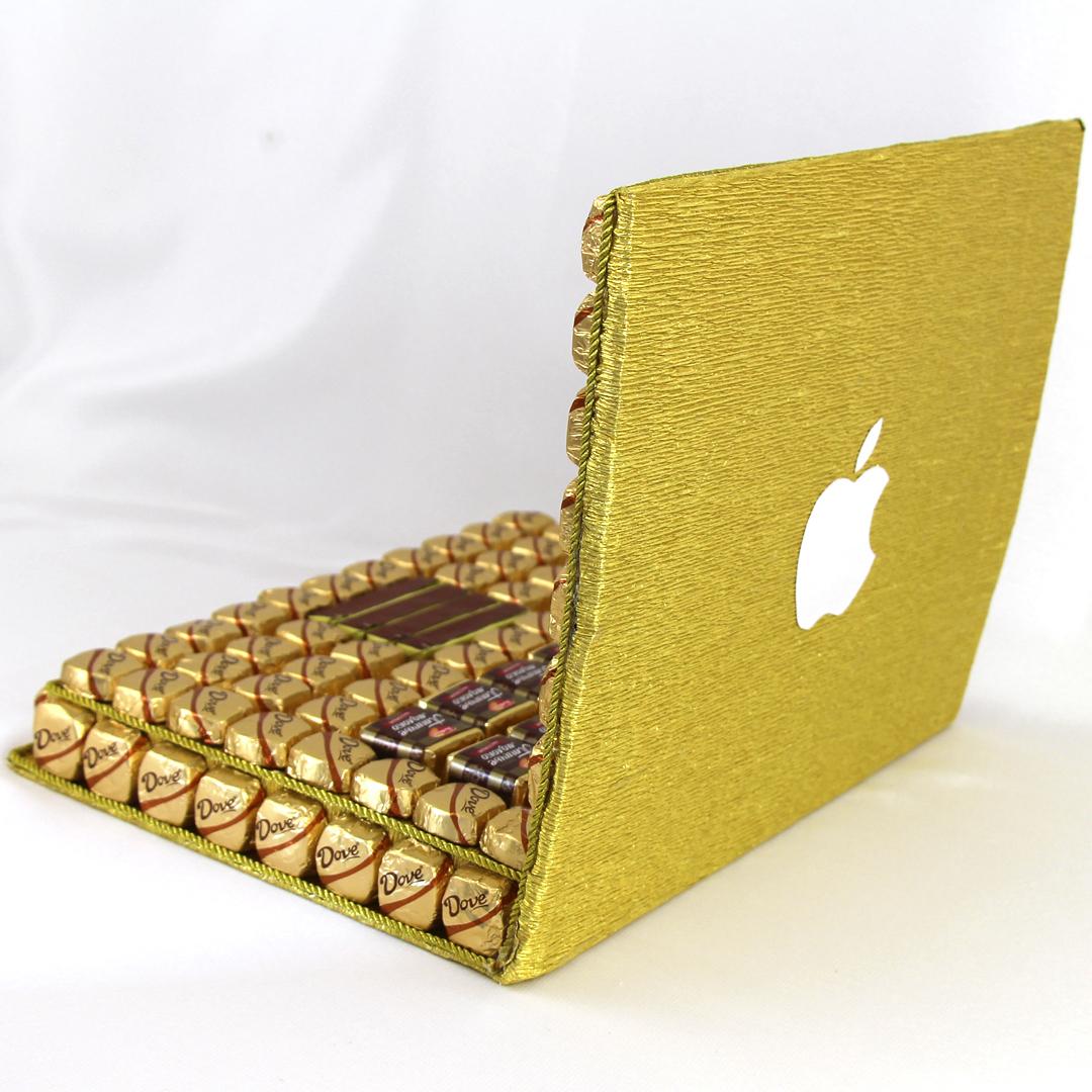ноутбук  из конфеток